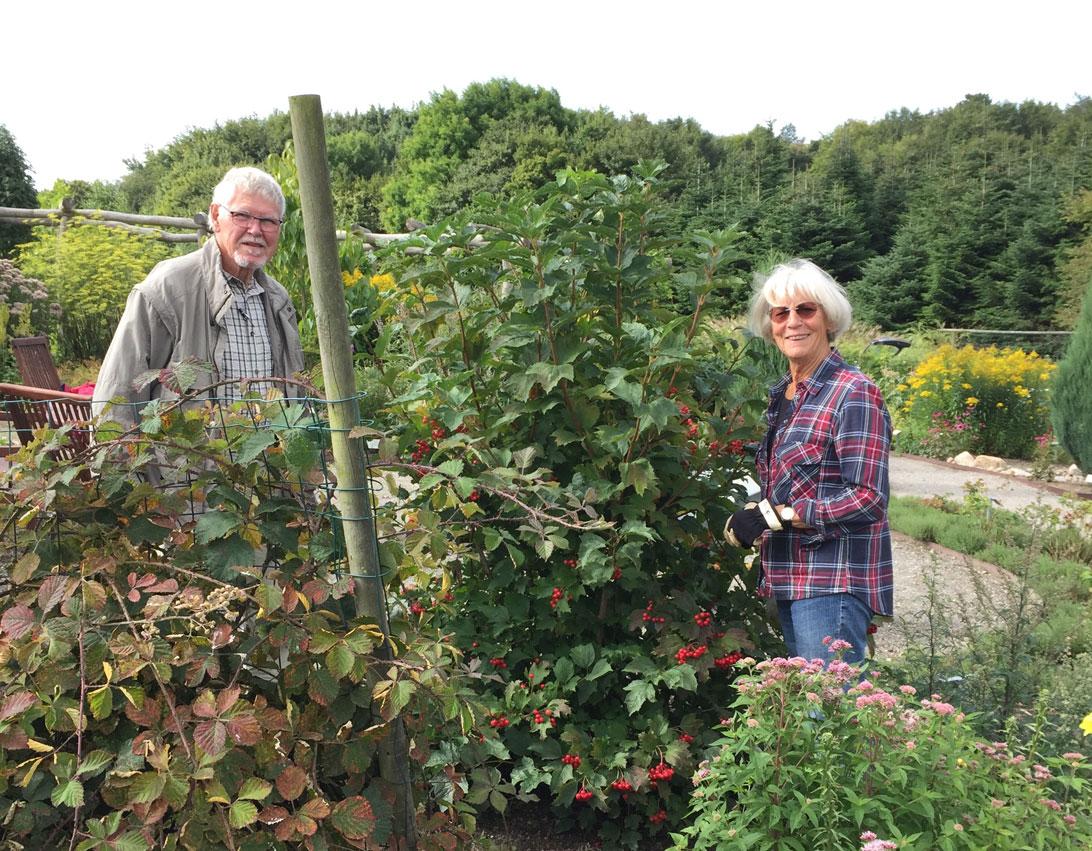 Poul Erik og Annie arbejder i Haven for urin- og kønsveje.